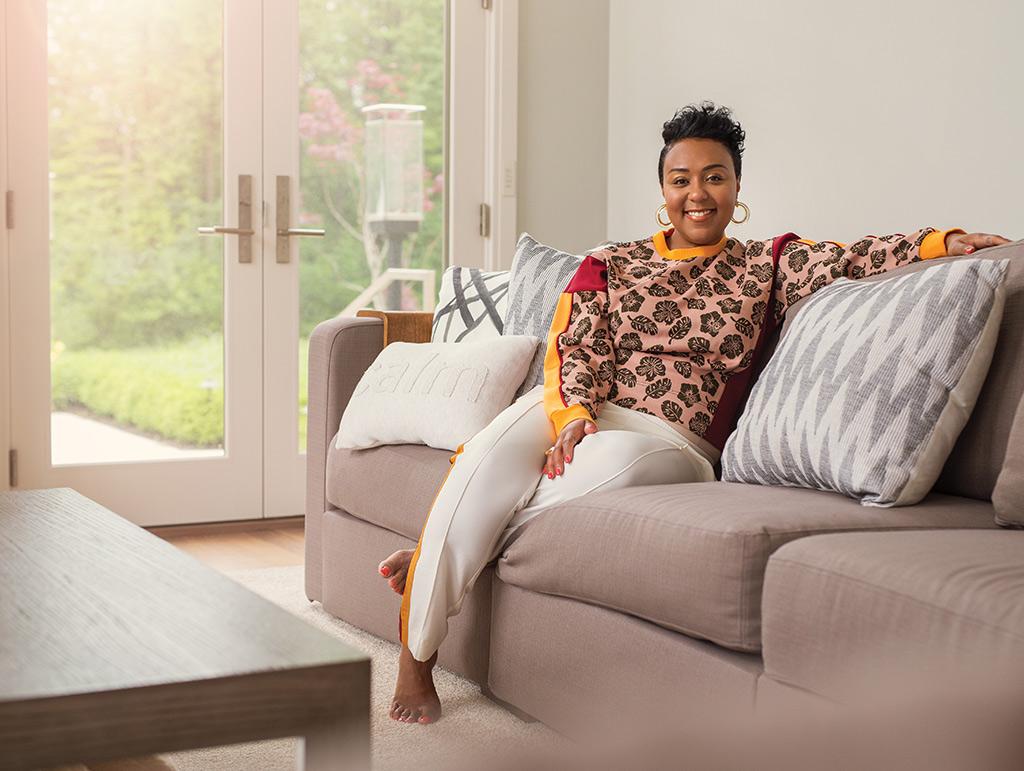 achea-redd-couch